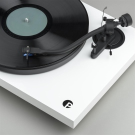 Debut III S Audiophile Turntable