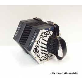 TINA Swift Concertina